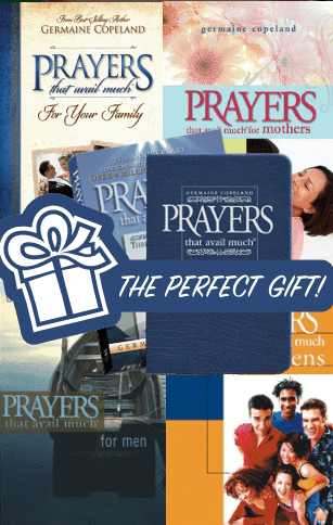 Prayers that avail much - gift bundle for the family (Navy)